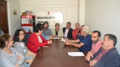 İzmir İHD basın toplantısı