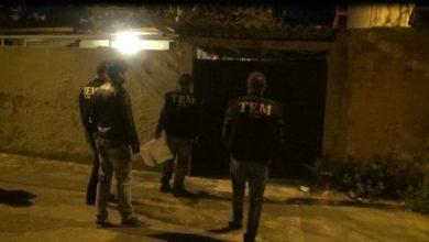 İzmirde ev baskınları
