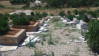 Asker yine mezarlıklara saldırdı